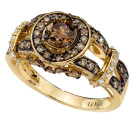 USA-based Le Vian, a first-time exhibitor, featured a line of chocolate diamond and gold rings.